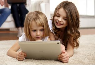 Smart new experience HUAWEI MediaPad M5-for-children