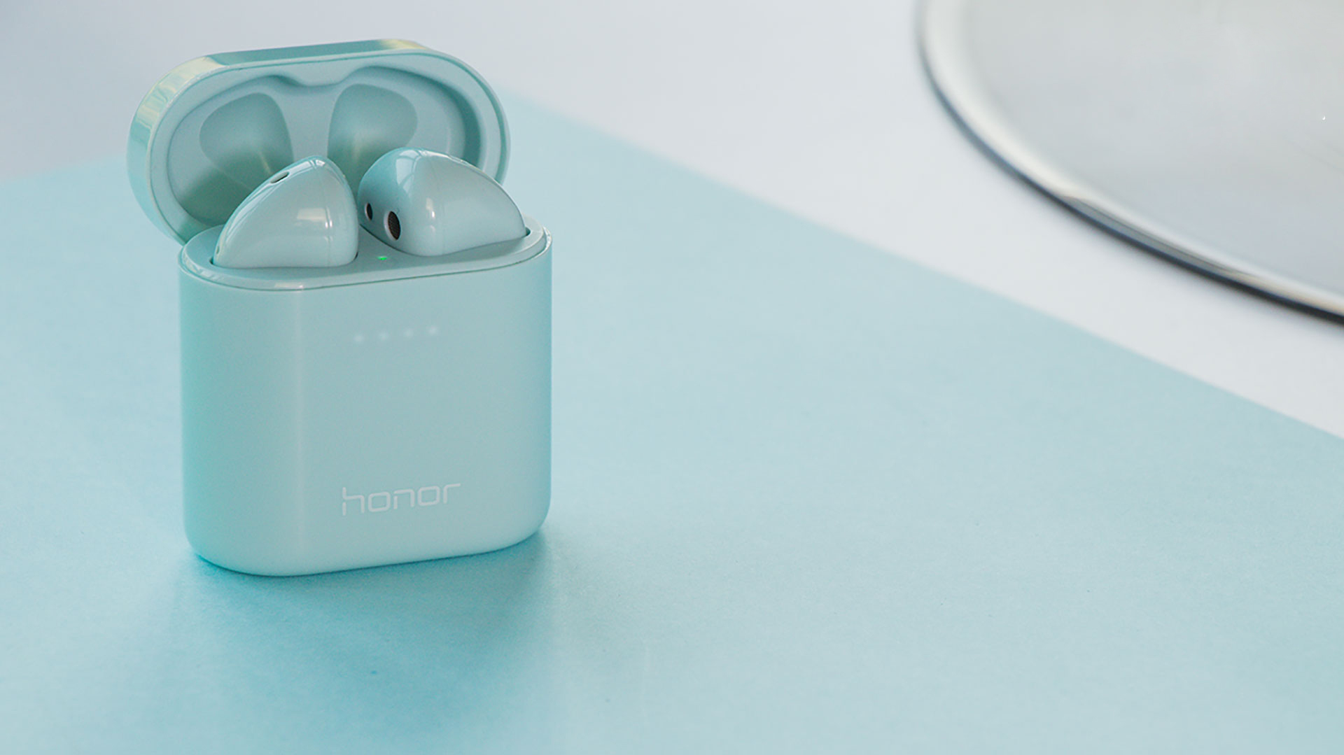 Honor FlyPods 3 Robin Blue Edition is heart-wrenching